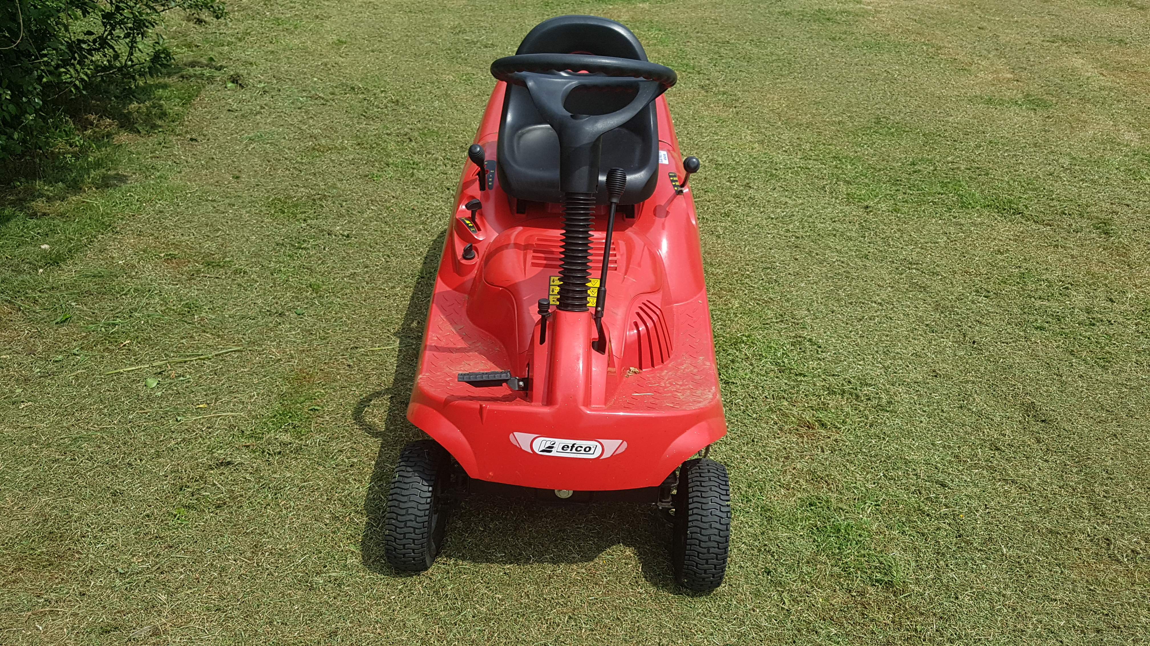 efco-ef63c-small-ride-on-mower