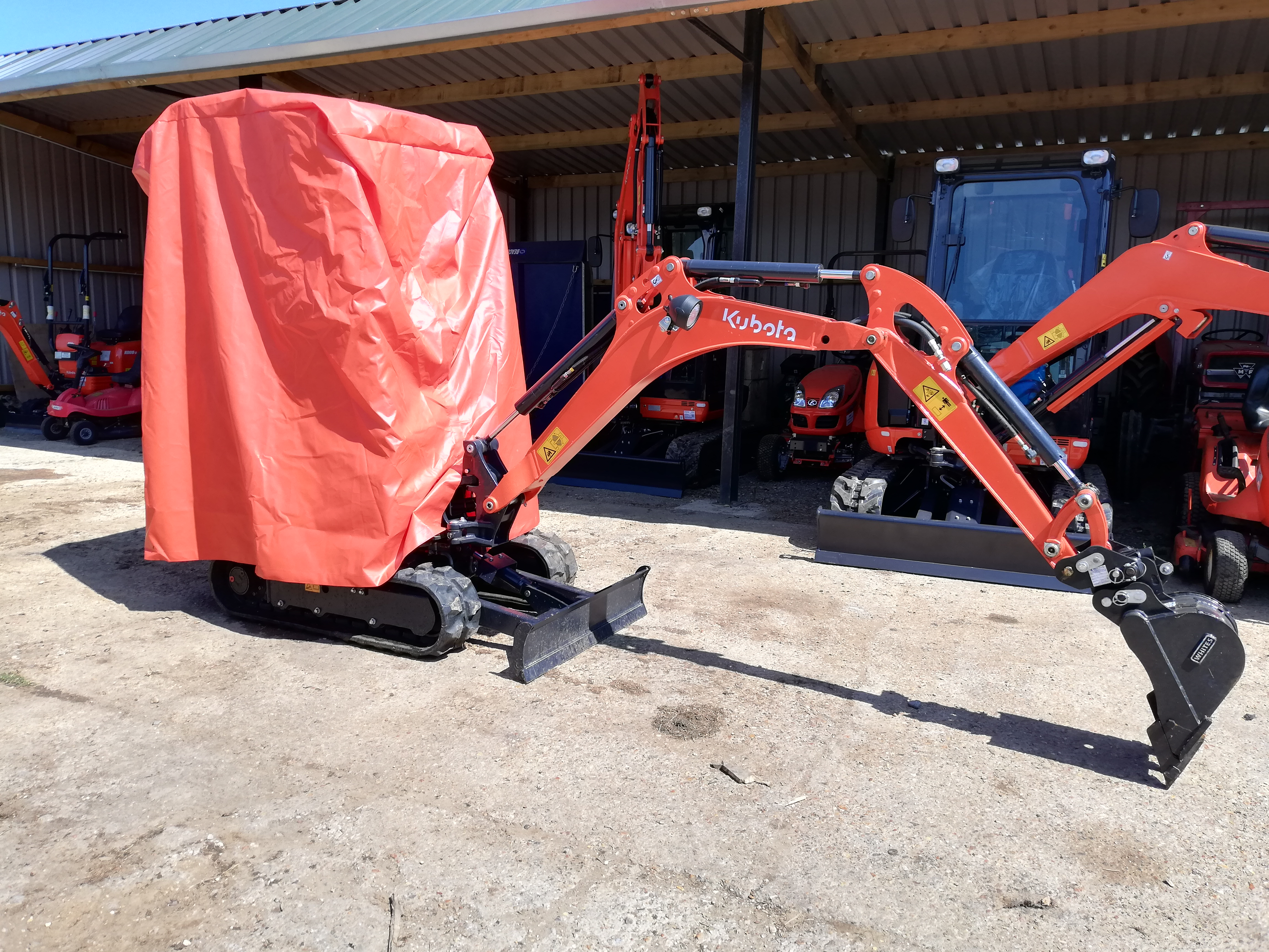 Digger Cover to fit - KX015 - 019 Kubota Excavators