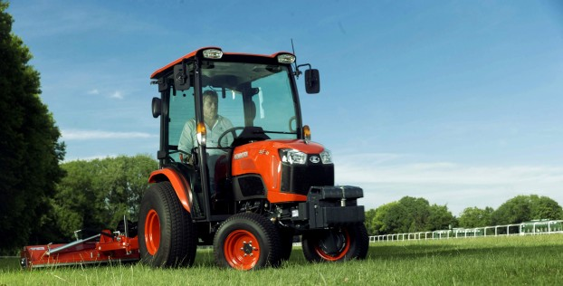 kubota-b2311-31hp-compact-tractor;-hydro-static-transmission;-cab